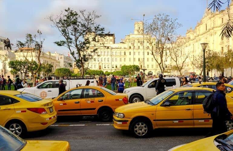 Taxi in Peru