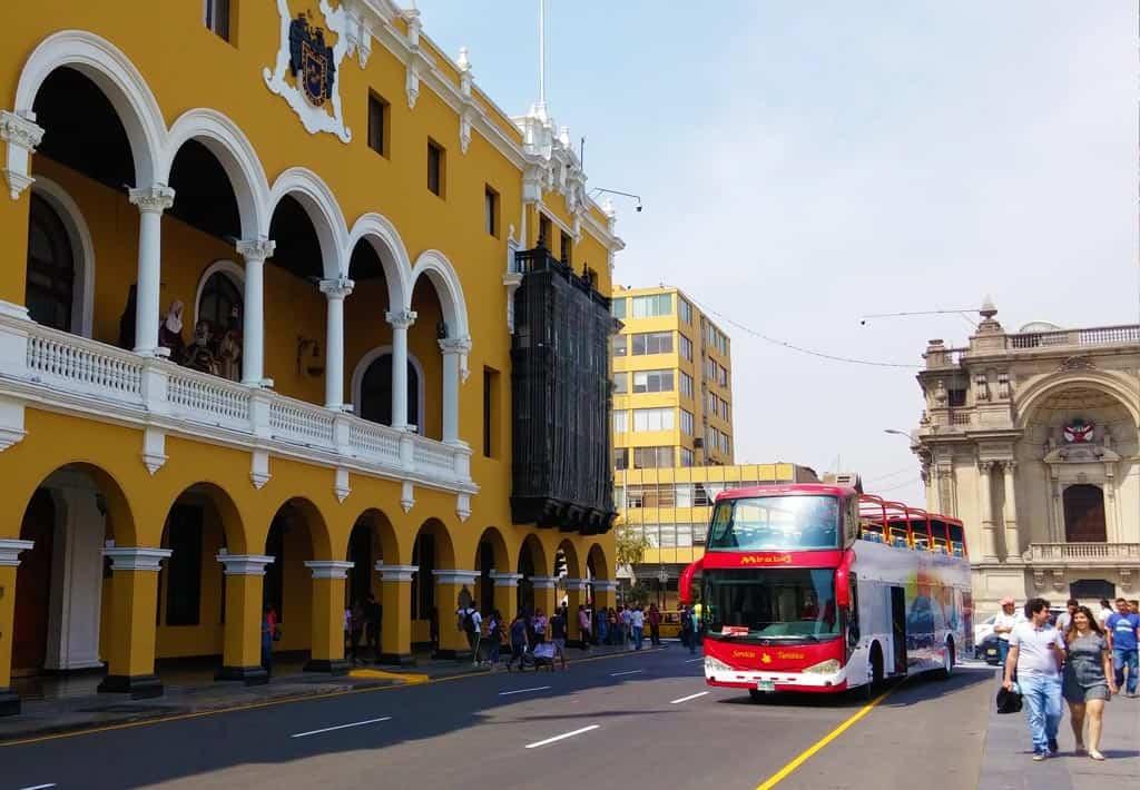 Mirabus Lima Peru