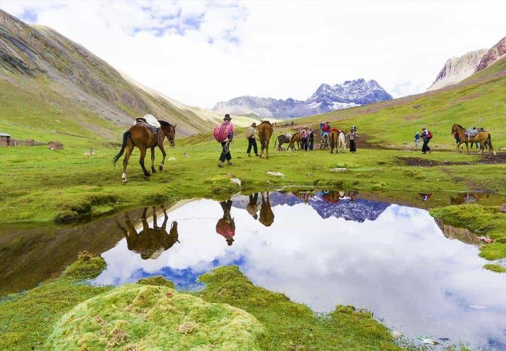 Regenboogberg Vinicunca Paarden