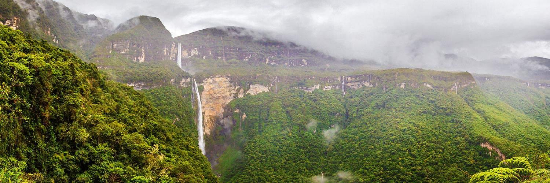 Banner Gocta Waterval
